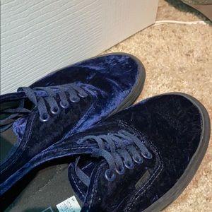 Size 10 Blue Velvet Authentic Vans